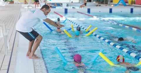 Image : LEçons de natation - Piscine de la Bretonnière - Terres de Montaigu
