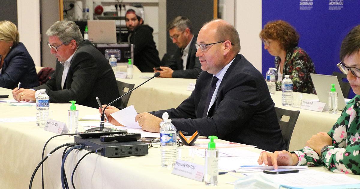 Photo du président, Antoine Chéreau, lors du conseil communautaire du 8 juin 2020