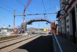 Gare de Montaigu-Vendée avec passerelle - aout 2021